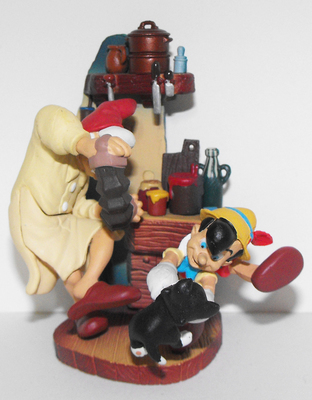 Pinocchio Cinemagic Figurine in Box