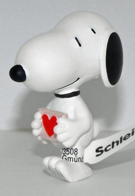 Valentine's Day Snoopy Peanuts Figurine Peanuts Miniature Figure