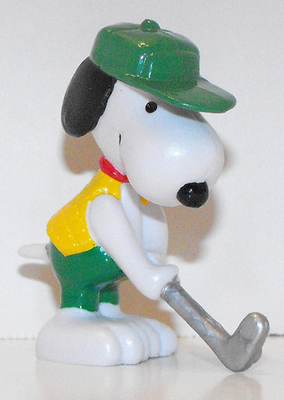 Putting Snoopy (green hat) 2 inch Figurine Peanuts Miniature Figure