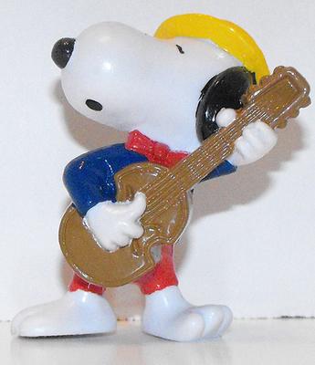 Snoopy with Guitar 2 inch Plastic Figurine Peanuts Miniature Figure