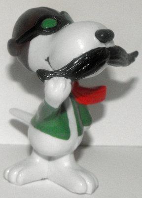 Snoopy Ace Fights Red Barron 2 inch Figure Peanuts Miniature Figure