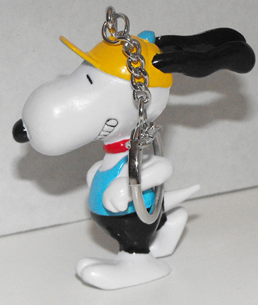 Running Snoopy (blue shirt) Figurine Keychain Peanuts Miniature Figure Key Chain