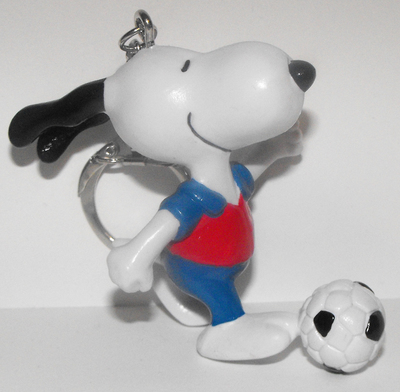 Soccer Snoopy 2 inch Figurine Keychain Peanuts Miniature Figure Key Chain