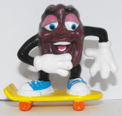 California Raisin Sm Figure on Skateboard 2 inch Plastic Figurine