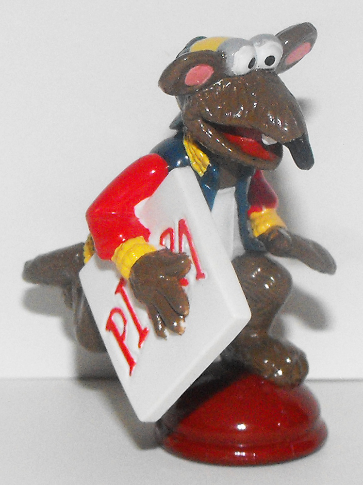 Rizzo Rat with Pizza 2 inch Figurine Muppets Plastic Figure