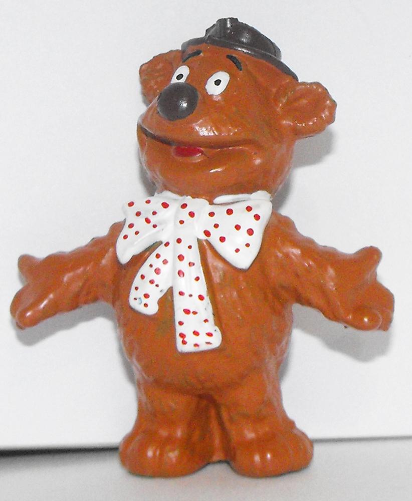 Fozzy Bear 2 inch Figurine Muppets Plastic Figure