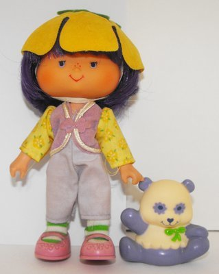 Almond Tea Second Edition Doll and Pet Vintage Strawberry Shortcake
