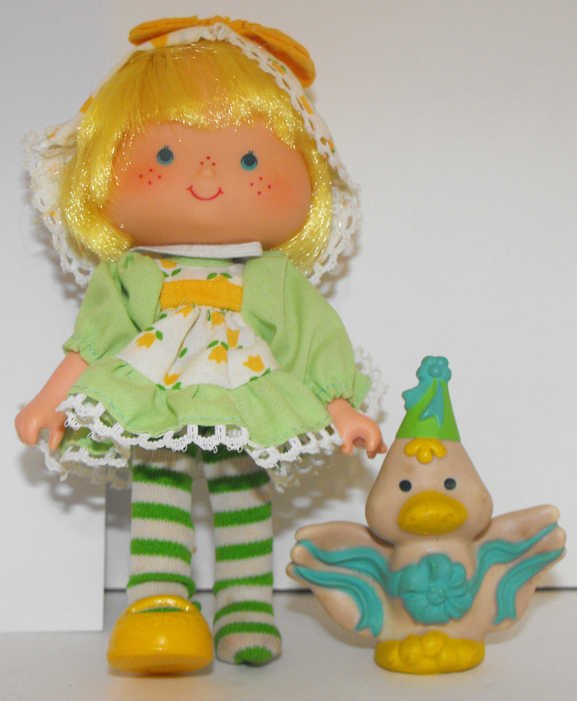 Party Pleaser Mint Tulip and Pet Vintage Strawberry Shortcake