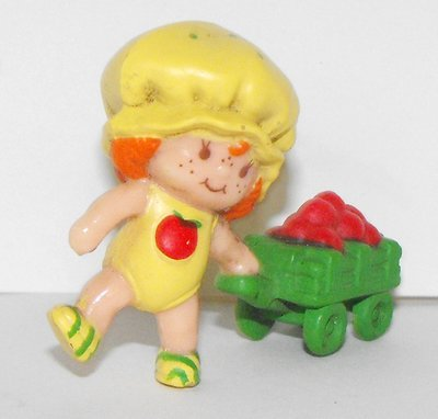 Apple Dumplin Pulling Wagon Miniature