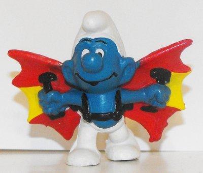 Hangglider Smurf Vintage Plastic Figurine 20036