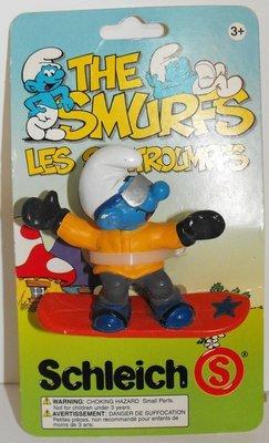 Snow Boarder Smurf Vintage Figurine 20452 on Package Schleich