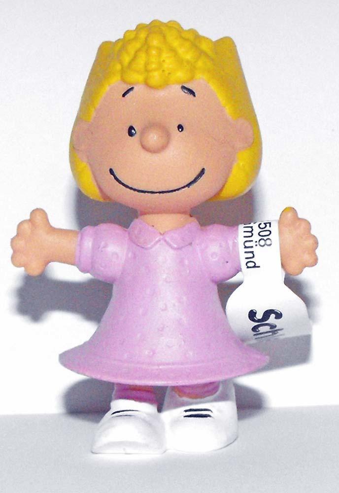 Sally Figurine Schleich 2 inch Plastic Miniature Figure PEANUTS Snoopy