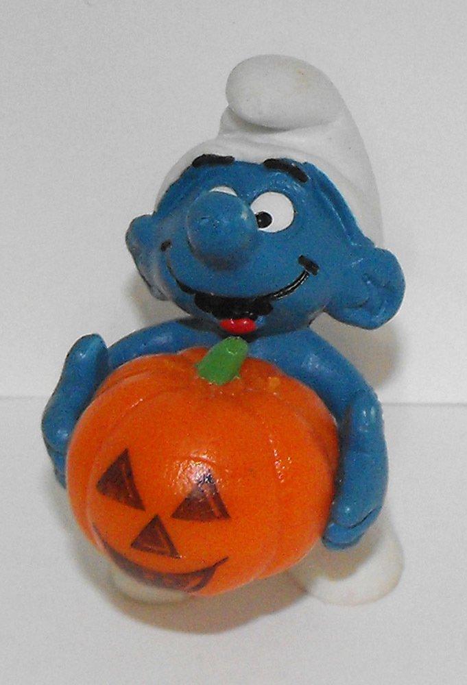 Halloween Smurf with Pumpkin 2 inch Plastic Figurine 20136