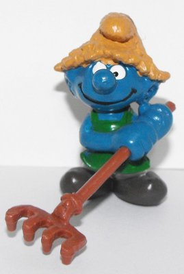 Haymaker Smurf 2 inch Plastic Figurine Farmer 20138