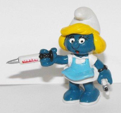 Nurse Smurfette 2 inch Plastic Figurine 20139
