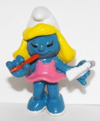 Secretary Smurfette (pink dress) 2 inch Plastic Figurine 20140
