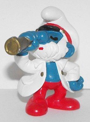 Captain Papa Smurf 2 inch Plastic Figurine Sea Captain 20141