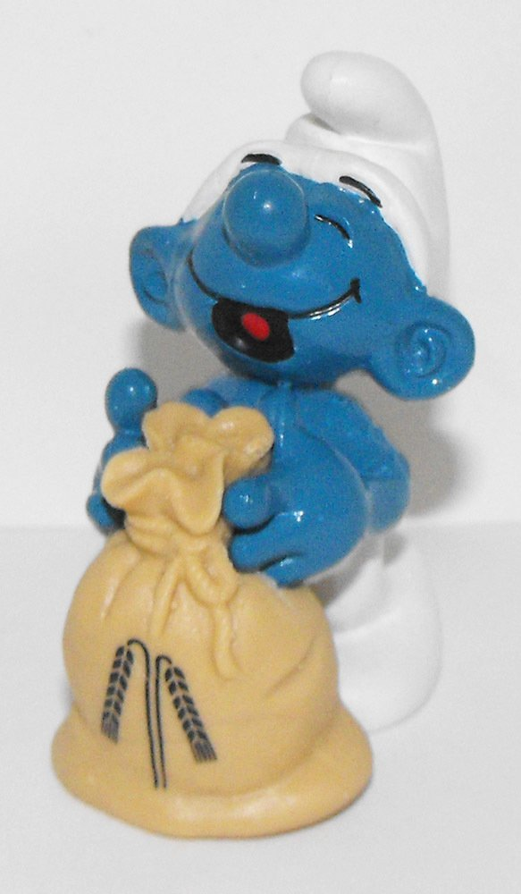 Miller Smurf 2 inch Plastic Figurine 20152