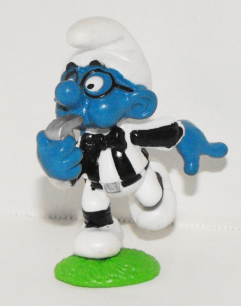 Referee Smurf 2 inch Plastic Figurine 20191