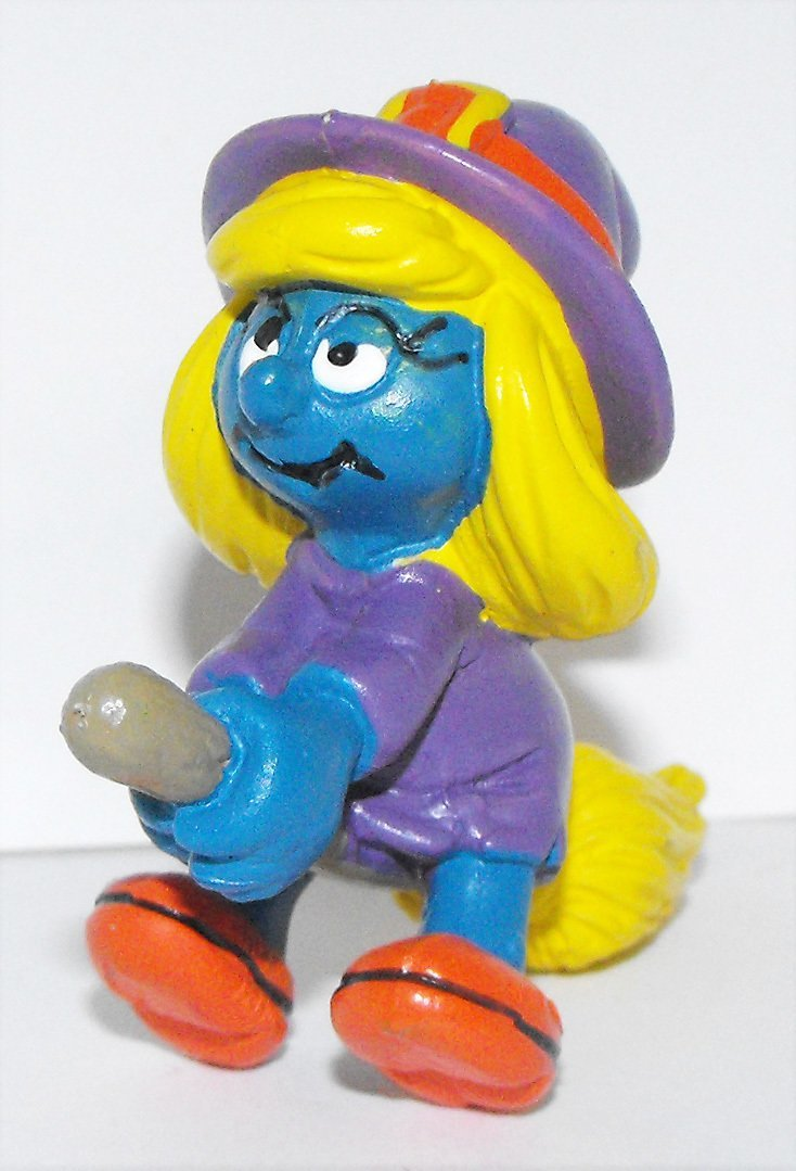 Smurfette Witch with Broom 2 inch Plastic Figurine 20198