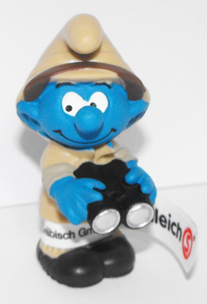 20781 Jungle Adventure Nature Watcher Smurf Figure 2016 Plastic Miniature Figurine