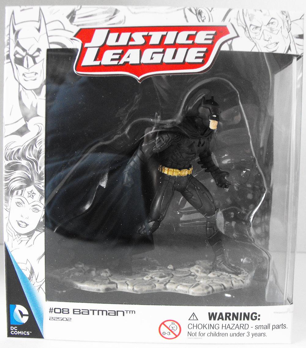 Batman Fighting - Justice League Figurine - New in Box - Schleich