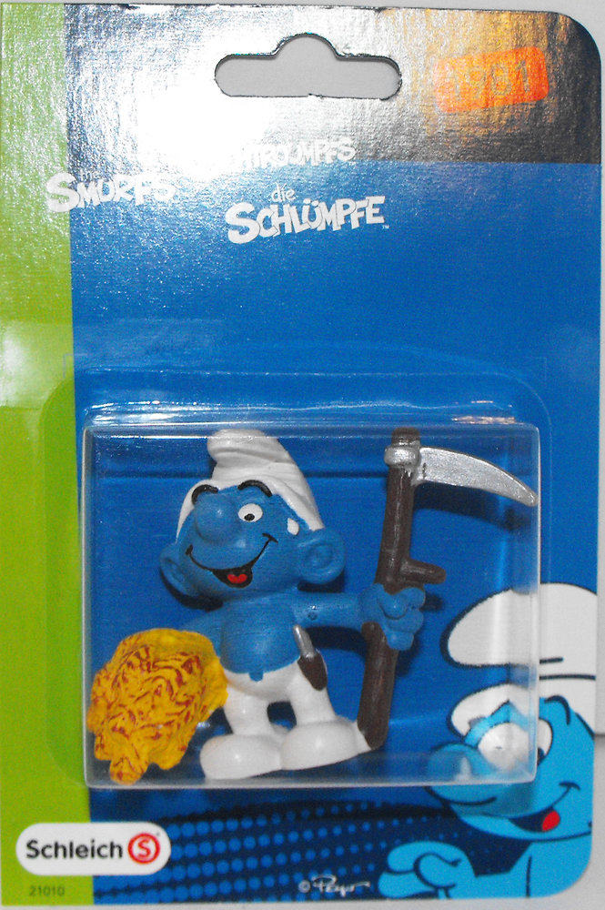 Farmer Smurf 2 inch Plastic Figurine in Package 20145