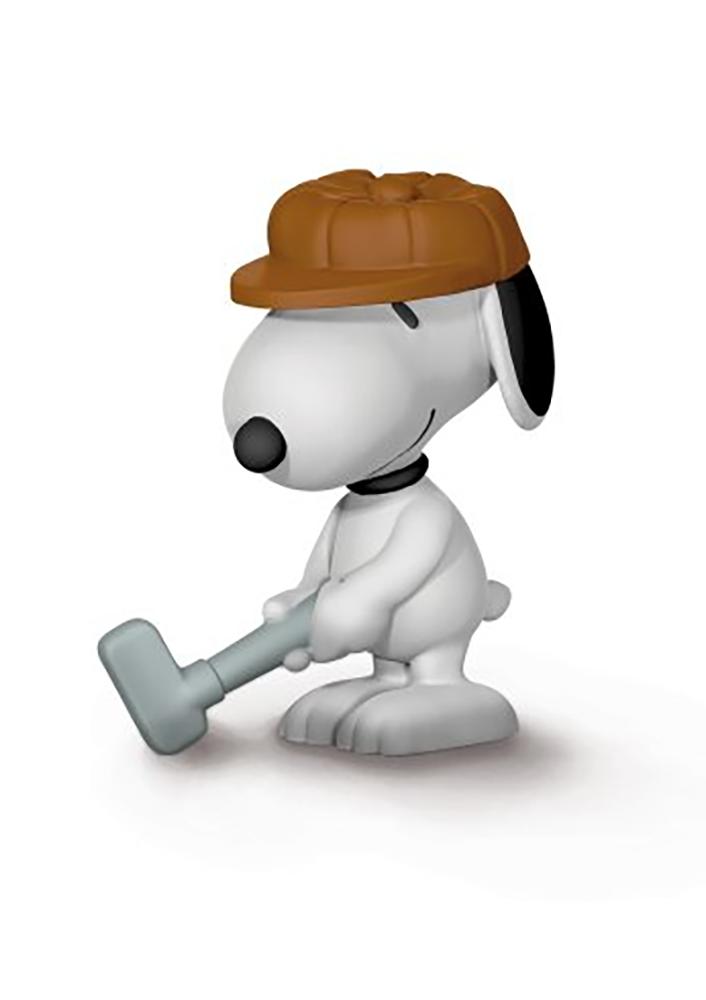 Golfer Snoopy 2 inch Figurine Peanuts Miniature Figure Golf Golfing