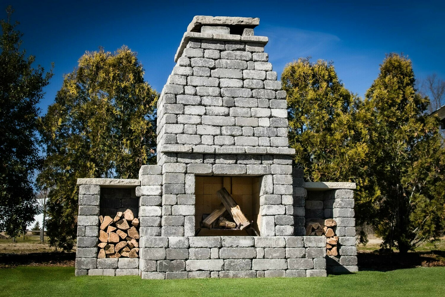 Rockwell DIY Outdoor Fireplace Kit