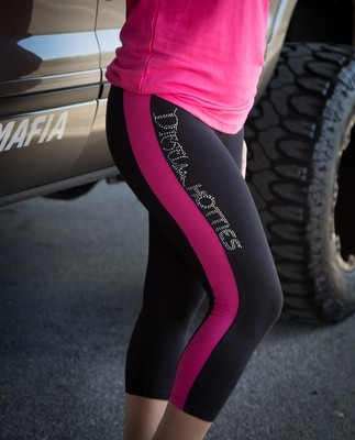 Capri Yummy Leggings (black/pink)