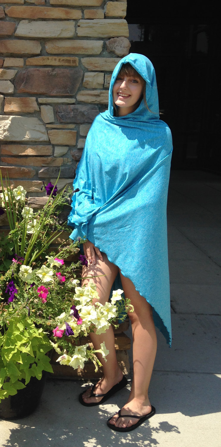 SPF 50 Long Hooded Shawl Turquoise