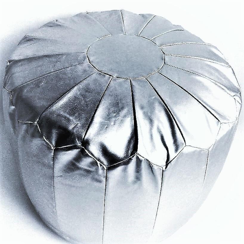 Silber Sitz-Pouf