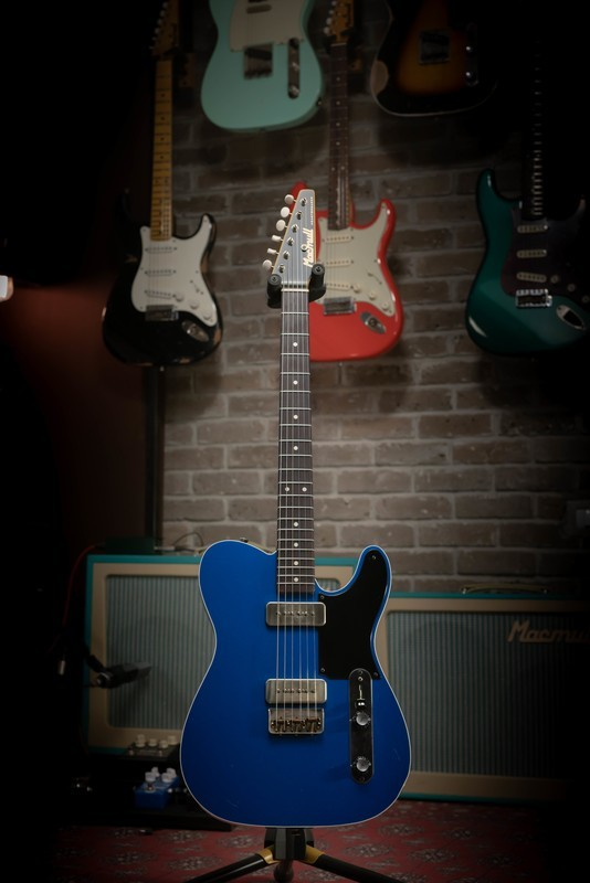 SOLD - Macmull Heartbreaker Custom, Lake Placid Blue 3.45kg / 7.60lbs