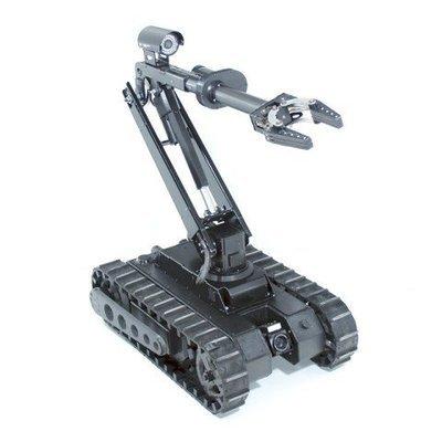 Tactical Treaded Robot w / 4DOF Arm