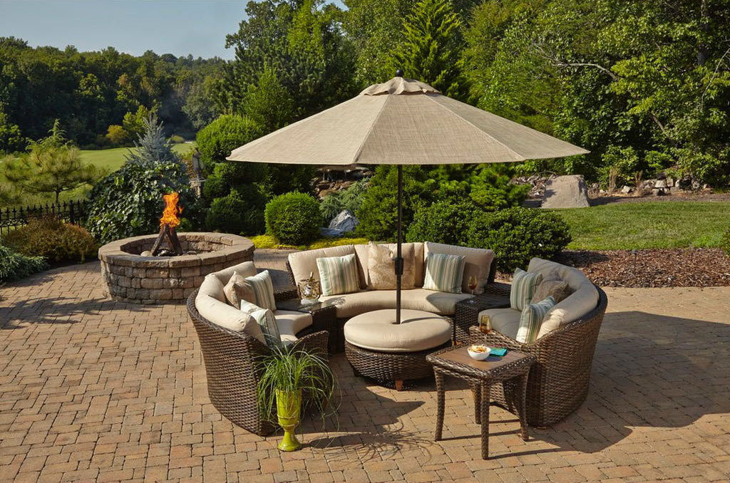 Klaussner Sycamore Sectional