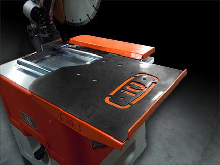 iQ360 RollingTable™