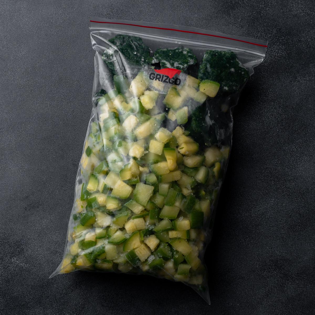 Овощи сырые шпинат и кабачок 1000 г