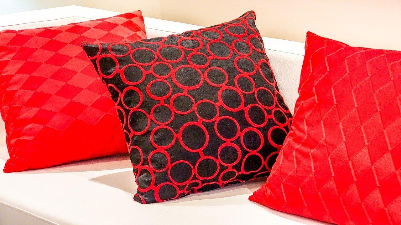Christmas Cushions with Tara Butler 00058