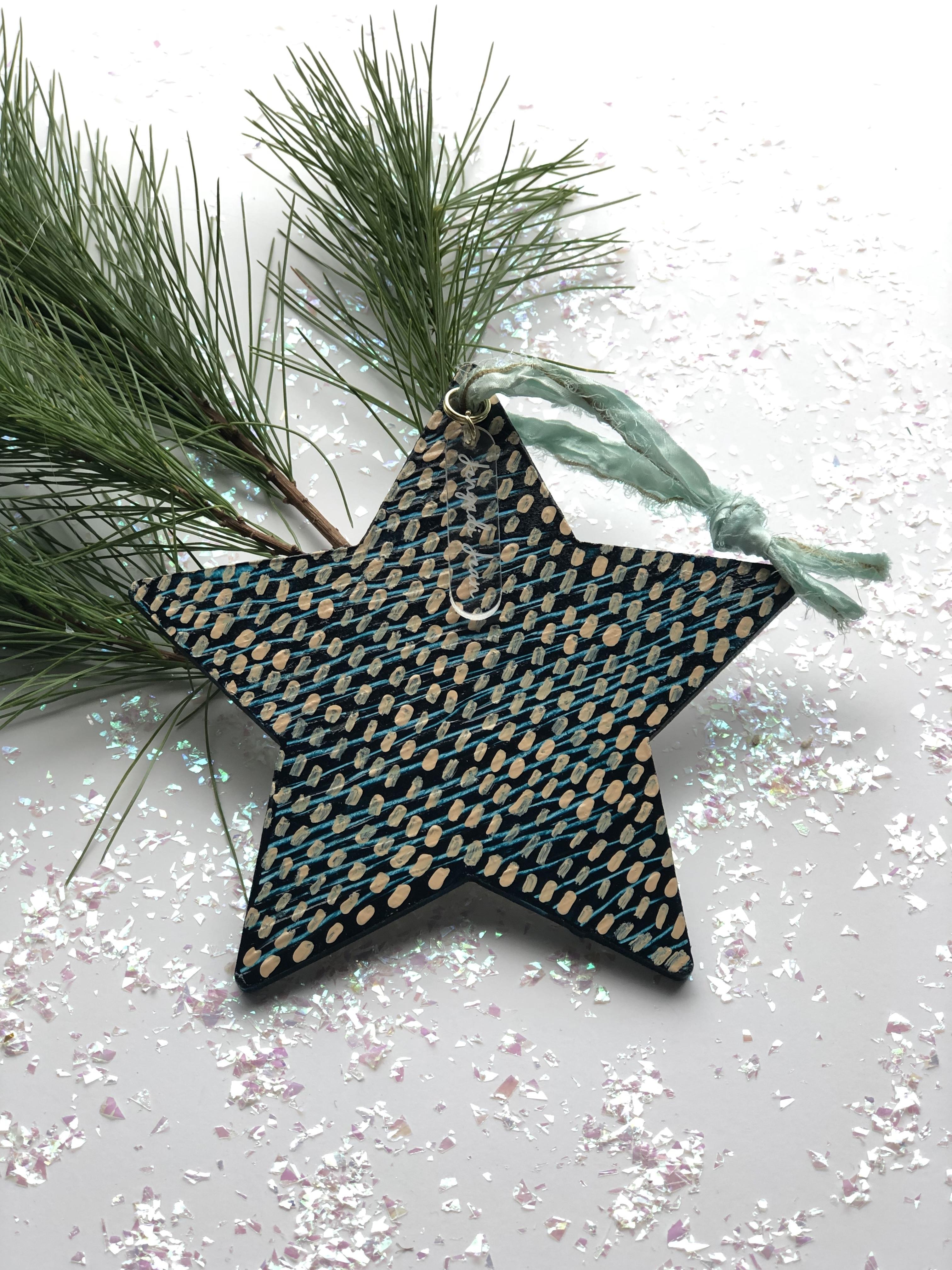 Ornament No. 37 00155