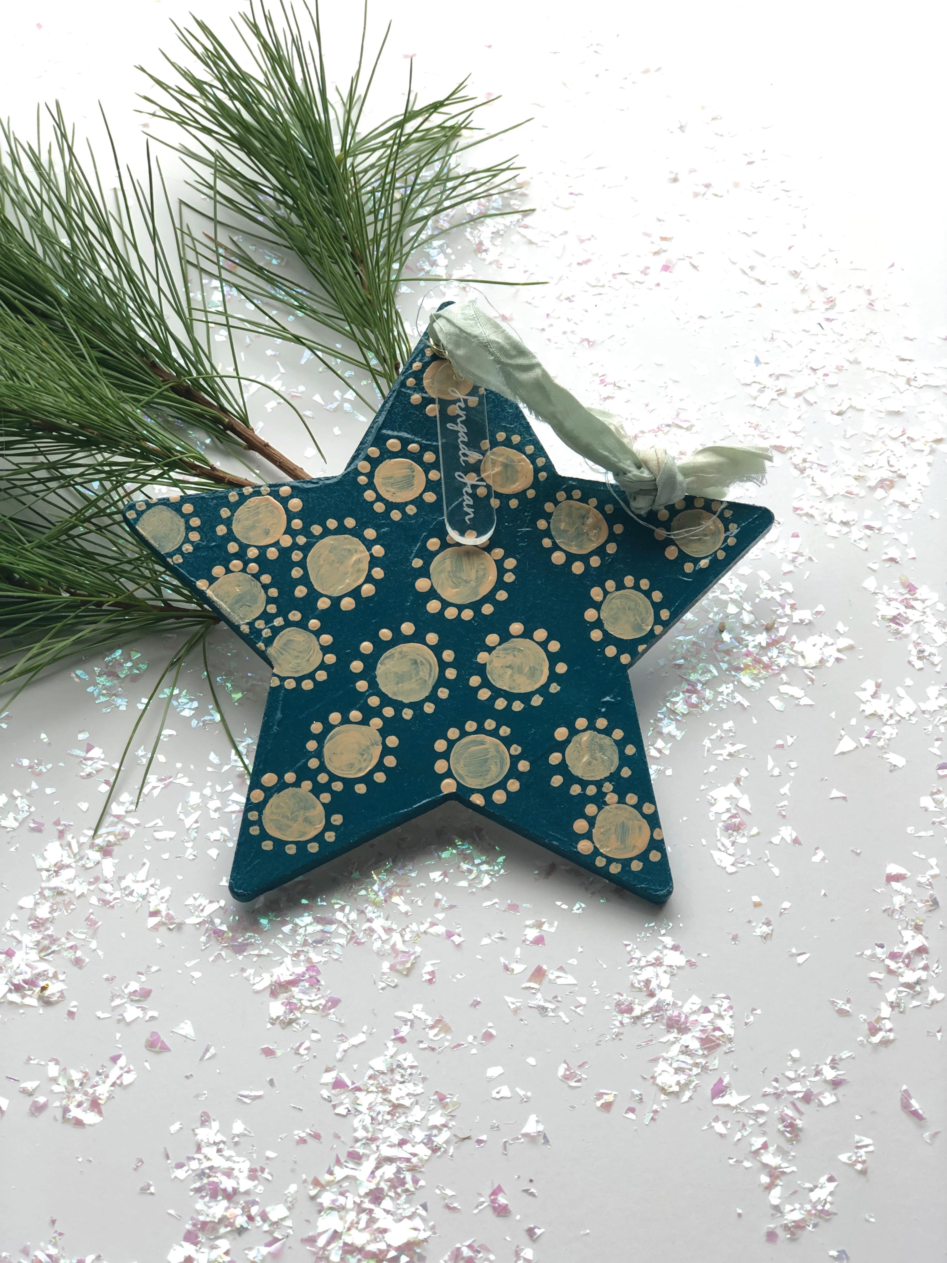 Ornament No. 41 00159