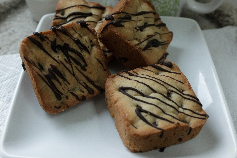 Chocolate Chip Kookie Bar - Dozen