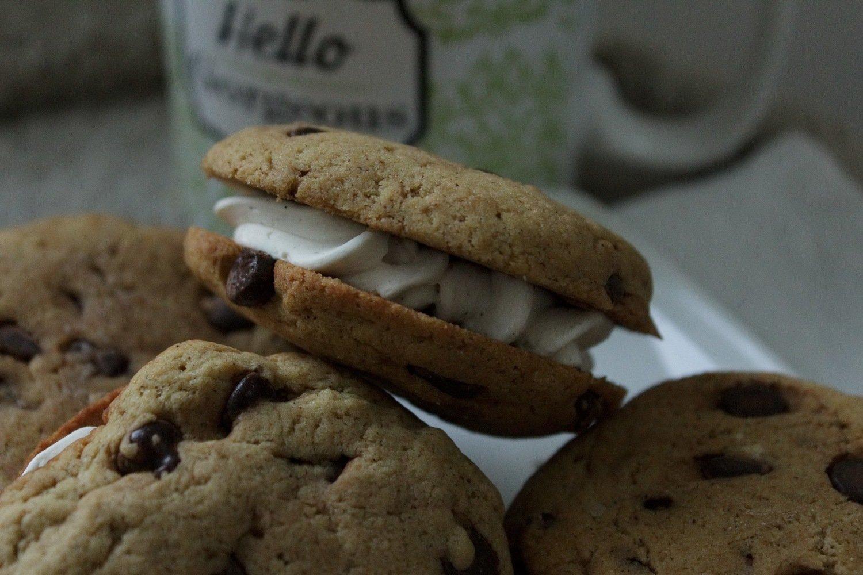 Chocolate Chip Sandwich Kookie