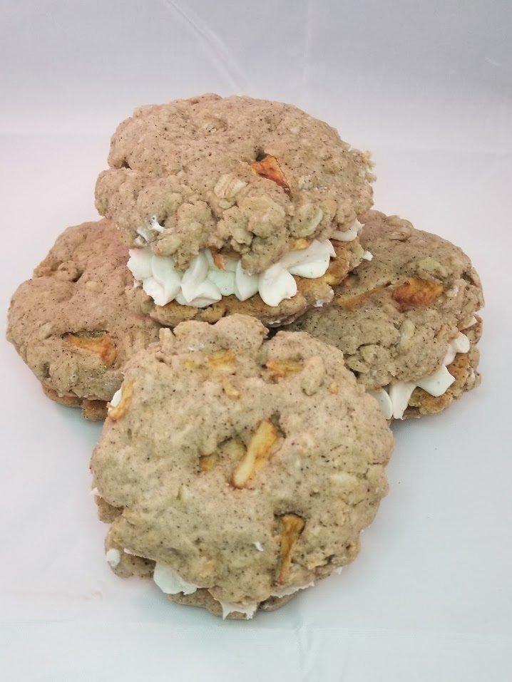 Oatmeal Apple Pie Sandwich Kookie  (GF)