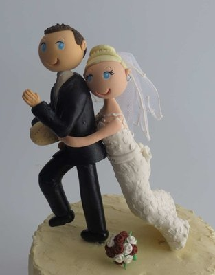 Tackling Couple on round base board