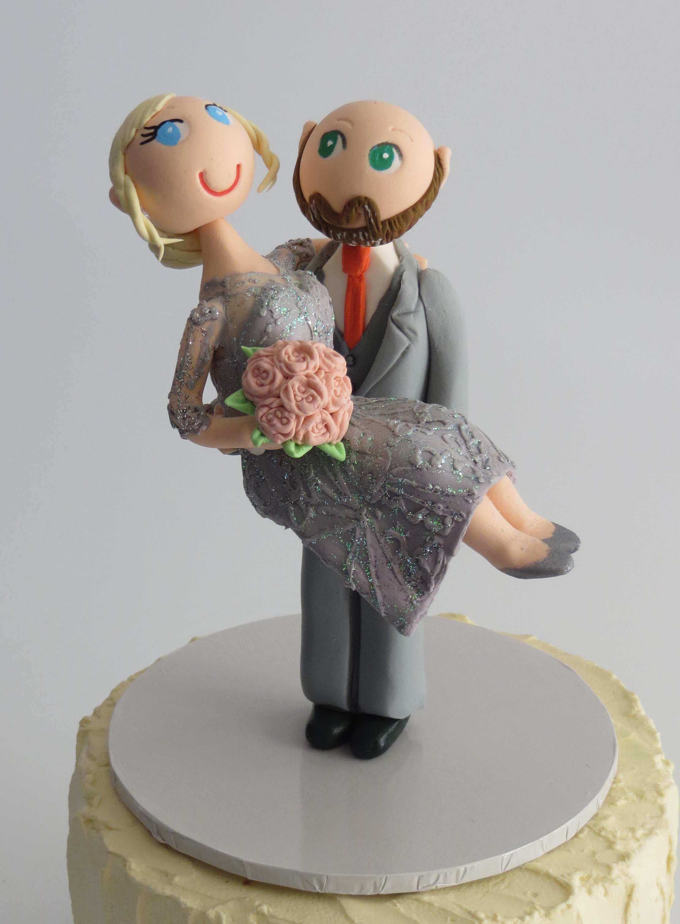 Groom  Carrying Bride style on round base board I
