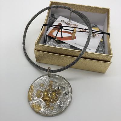 Anhänger Kunststoffgranulat silber/gold Blattmetall - beidseitig tragbar