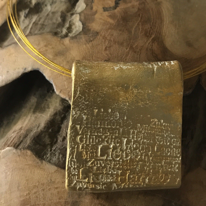 Anhänger gold mit Prägung inklusive Reifcollier mit Bajonettverschluss - beidseitig tragbar 00004