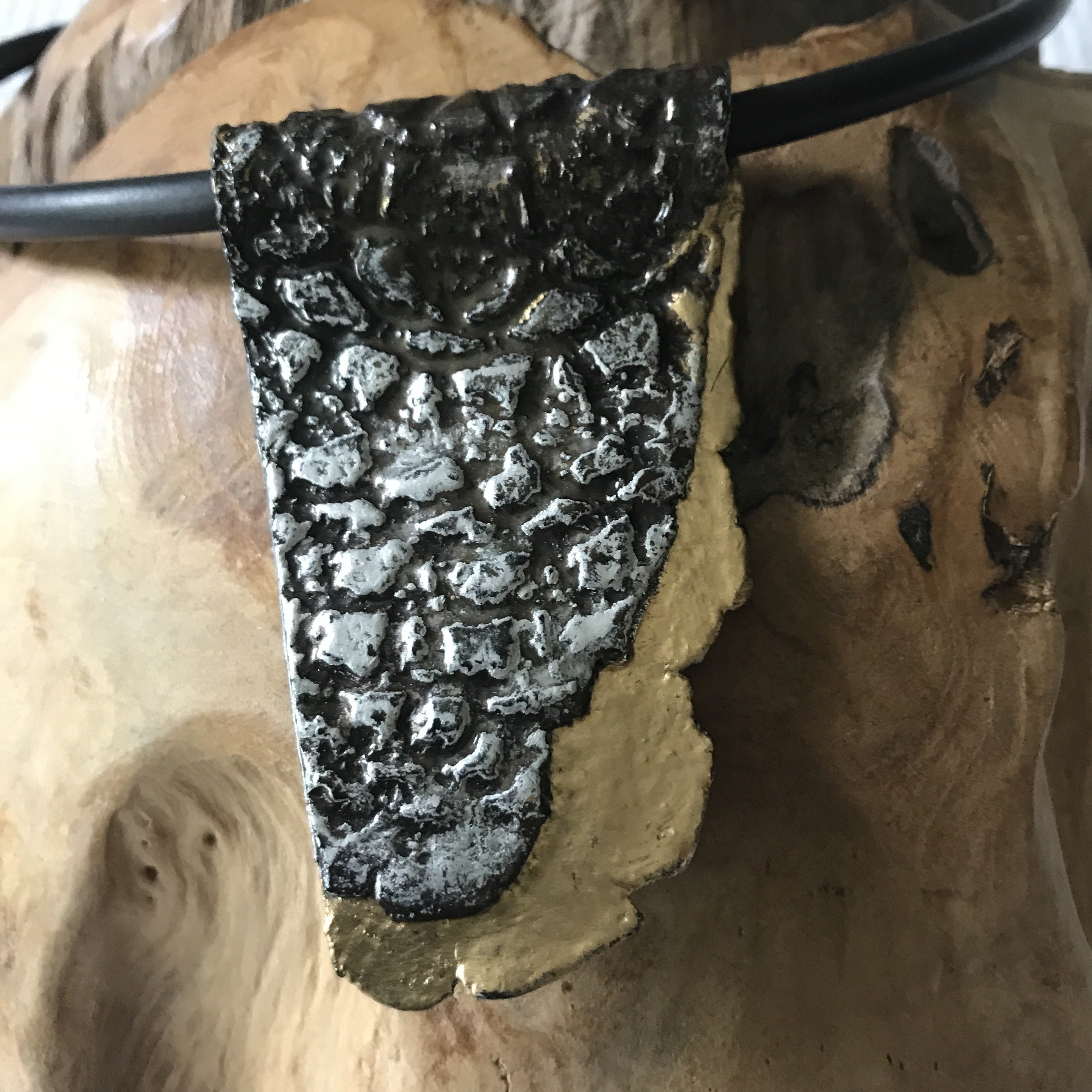 Keramikanhänger schwarz/silber/gold - beidseitig tragbar 00005
