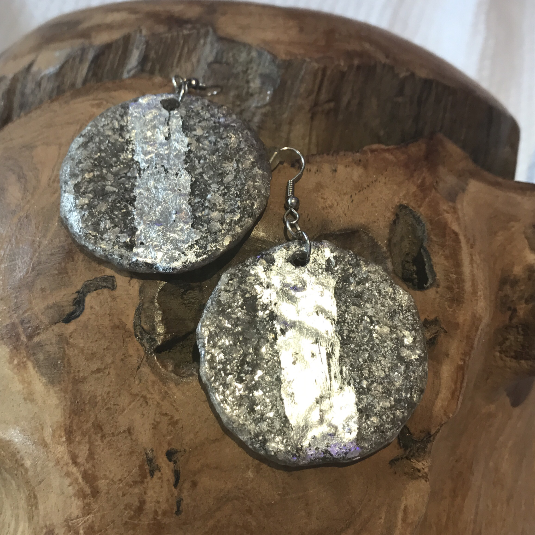 Ohrhänger silber mit Blattmetall - Rückseite silber granuliert - beidseitig tragbar 00025