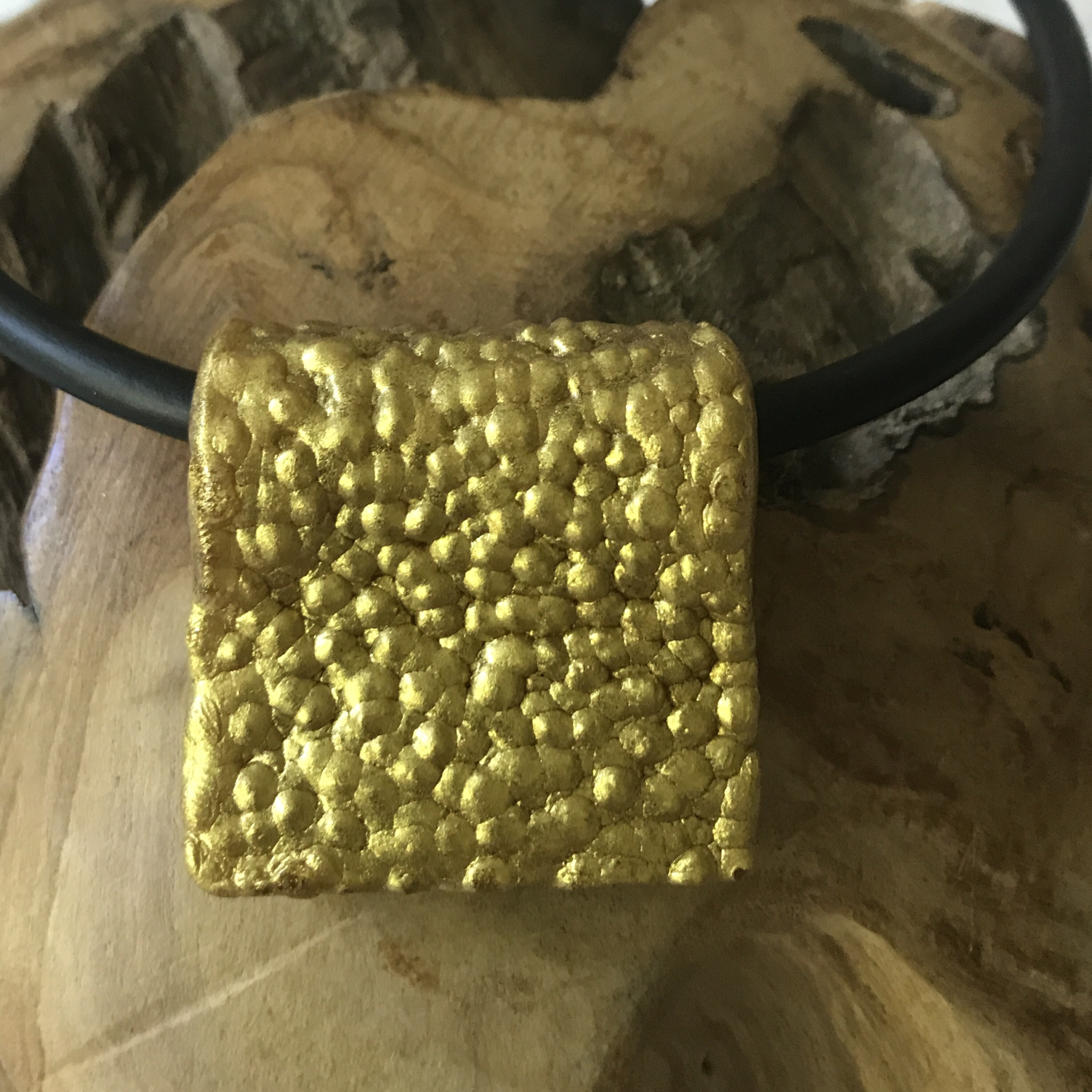 Anhänger gold granuliert - beidseitig tragbar